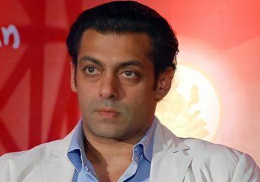 Salman Khan   दोन स्टाफ मेंबर्सना आधी कोरोनाची लागण, आता सलमान खानचा अहवाल समोर