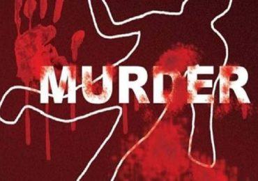 मद्यधुंद अवस्थेत मुलीवर कुऱ्हाडीने वार करत हत्या, बापाची पोलिसांसमोर कबुली