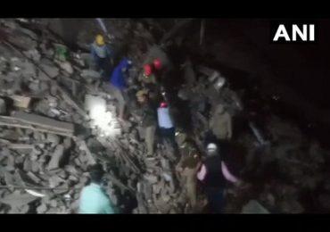 Breaking: कानपूरमध्ये तीन मजली इमारत कोसळली, अनेक नागरिक ढिगाऱ्याखाली अडकल्याची भीती