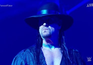 Undertaker Retirement | 'द अंडरटेकर'ची WWE मधून निवृत्ती; चाहते भावूक