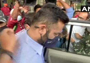 ED raids on Pratap Sarnaik | पाच तासाच्या चौकशीनंतर अखेर विहंग सरनाईक ईडी कार्यालयातून बाहेर; उद्या पुन्हा चौकशी?