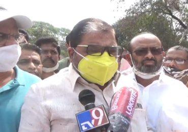 कोरोना संकटात केंद्र सरकारनं पॅकेज दिलं, राज्यानं एकही पॅकेज दिलं नाही, राजू शेट्टींची टीका