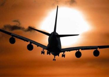 कोरोनाचा कहर वाढला; आंतरराष्ट्रीय उड्डाणांवर 31 डिसेंबरपर्यंत बंदी, केंद्र सरकारचा मोठा निर्णय