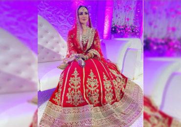 PHOTO | एक लाखाच्या लेहेंग्याची सोशल मीडियावर चर्चा, पाहा सना खानच्या लग्नाचे फोटो!
