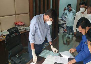 नवी मुंबईच्या कोविड टेस्टिंग सेंटरमध्ये मोठा घोटाळा; 10 वर्षांपूर्वी मृत्यू झालेल्या व्यक्तीचा अहवाल देऊन पैसे लाटल्याचा प्रकार उघड