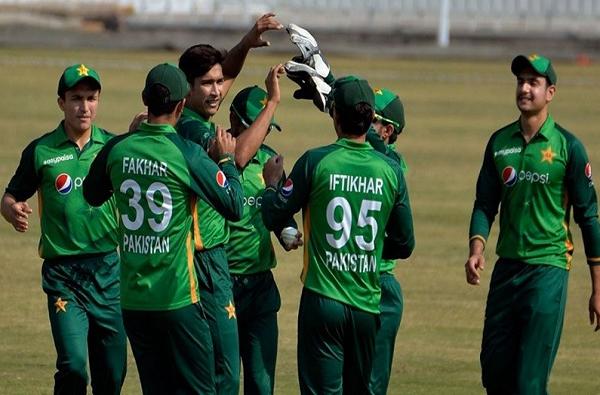 pakistan tour new zealand violation of corona rules by pakistani players new zealand officers angry