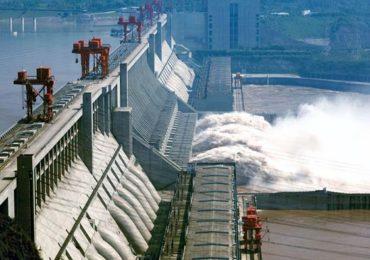 भारताविरोधात चीनची नवी चाल, ब्रह्मपुत्रा नदीवर ड्रॅगन उभारणार 'सुपर डॅम'