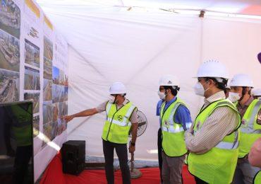 Photo : कोस्टल रोड प्रकल्प: मुख्यमंत्री-पर्यावरण मंत्र्यांनी घेतला आढावा