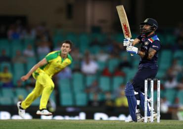 India vs Australia 2020 | विराटला तिसऱ्या एकदिवसीय सामन्यात 'या' दिग्गज कर्णधाराच्या विक्रमाची बरोबरी करण्याची संधी