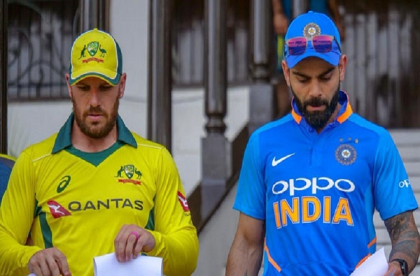 India vs Australia 2020, 3rd ODI Updates |  कर्णधार विराट कोहलीचे झुंजार अर्धशतक