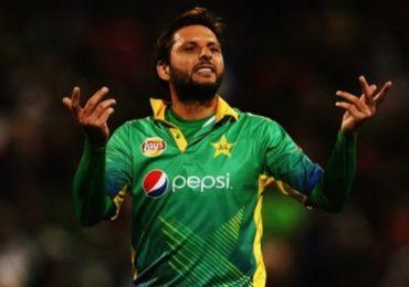 LPL 2020 स्पर्धा अर्ध्यावर सोडून पाकिस्तानात परतलेला शाहिद आफ्रिदी म्हणतो 'मी पुन्हा येईन'