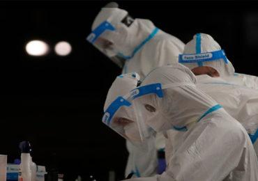 दिल्ली सरकार अॅक्शन मोडमध्ये, एक कोटी आरोग्य कर्मचाऱ्यांना टोचणार कोरोनाची लस; नोंदणी सुरू