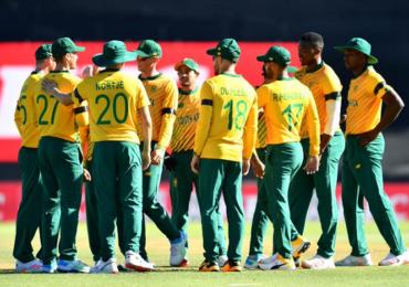 England vs  South Africa | दक्षिण आफ्रिकेच्या खेळाडूला कोरोनाची लागण, पहिला सामना पुढे ढकलला