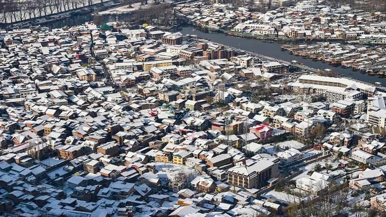 Srinagar snow-min