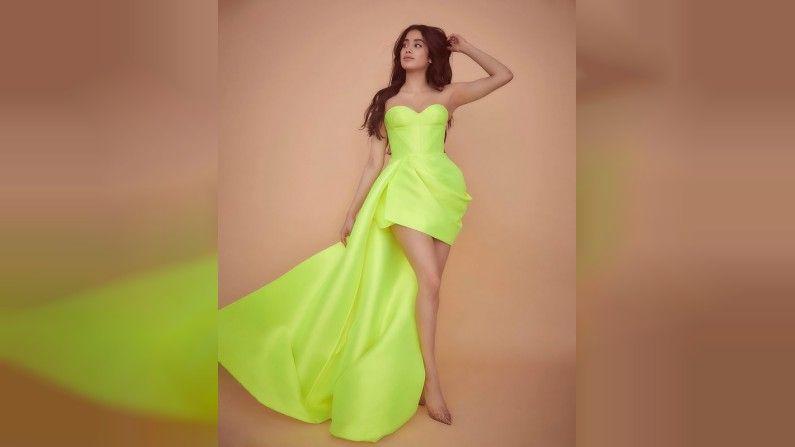 Janhavi Kapoor, Photo