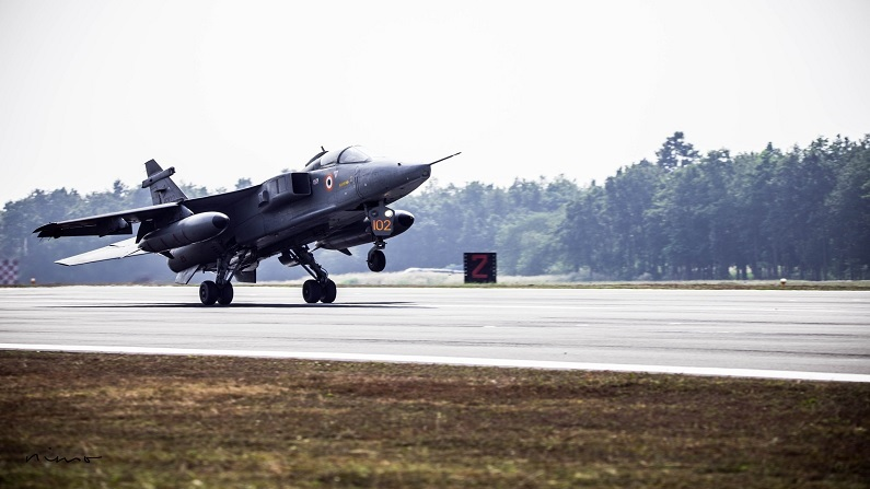 Indian Air force deadly weapons and advanced combat aircrafts
