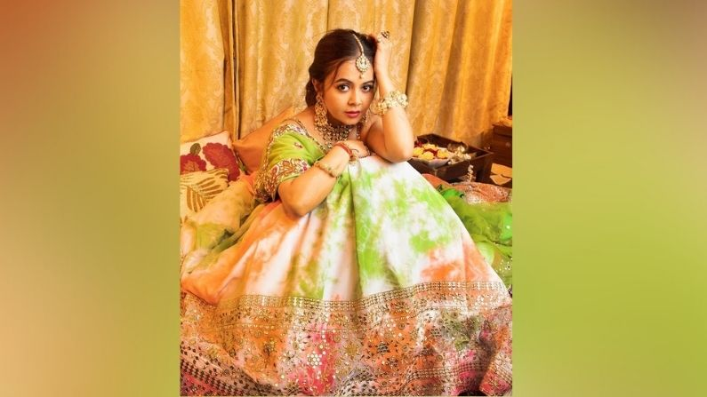 Devoleena Bhattacharjee 6