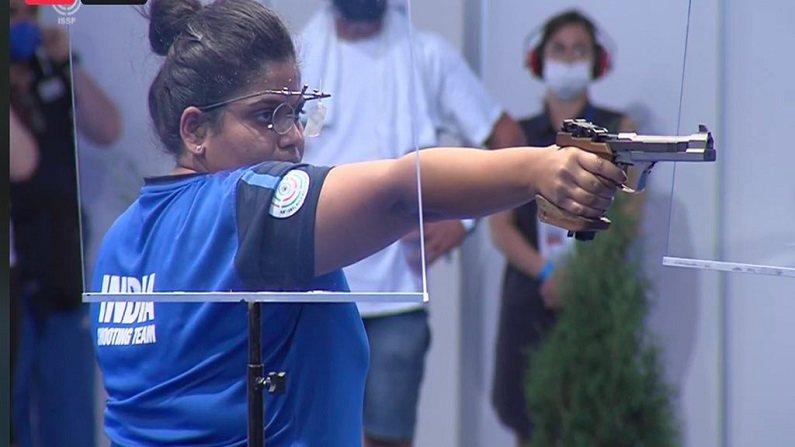 ISSF Shooting World Cup : कोल्हापूरच्या राही सरनोबतनं रचला इतिहास, नेमबाजी विश्वचषक स्पर्धेत पटकावलं सुवर्णपदक