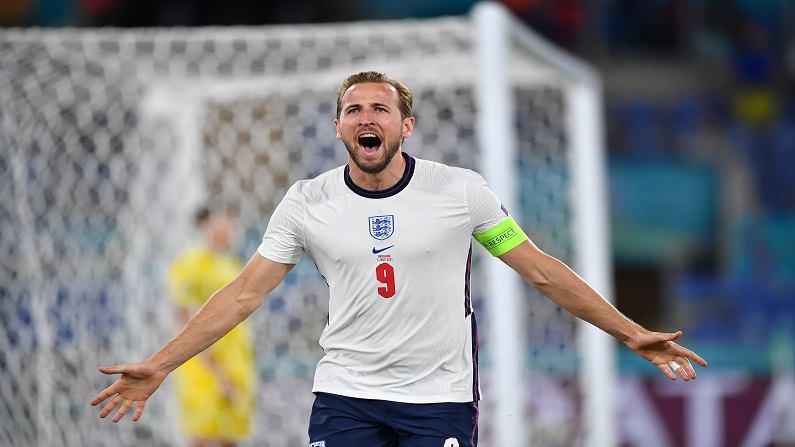 Euro 2020 : युक्रेनला मात देत इंग्लंड विजयी, चेक रिपब्लिकला नमवत डेन्मार्कही सेमीफायनलमध्ये दाखल