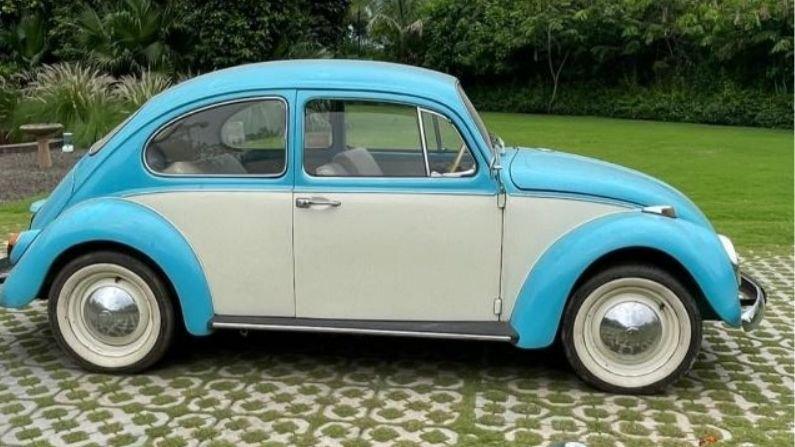 Dhoni gift car