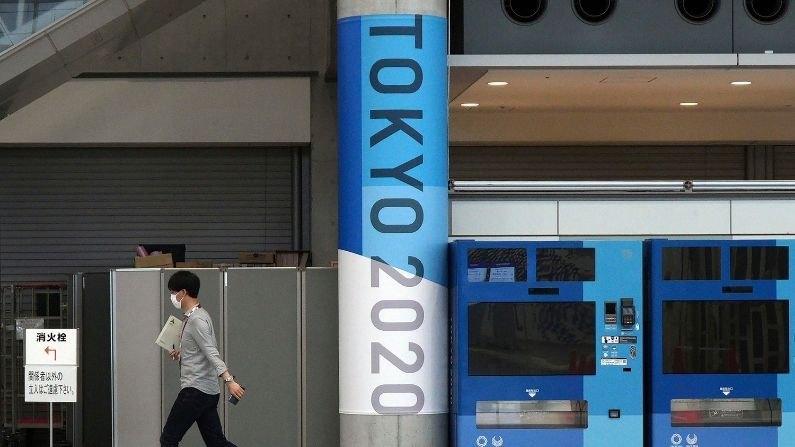 Tokyo Olympics वर कोरोनाचे सावट कायम, सर्बियाचा कोरोनाबाधित खेळाडू जपानमध्ये, विमानतळावरुनच थेट विलगीकरणात