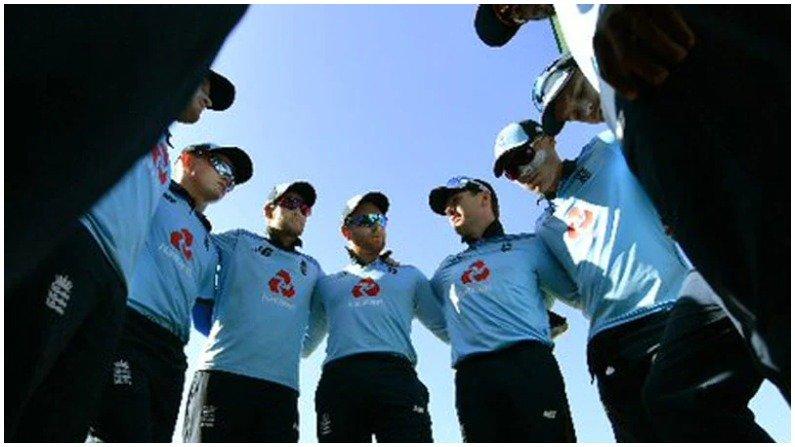 मोठी बातमी : इंग्लंड क्रिकेट संघात कोरोनाचा शिरकाव, 3 खेळाडूंसह 7 सदस्य कोरोनाबाधित, इंग्लंड क्रिकेट बोर्डाची माहिती